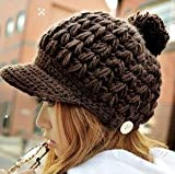 ざっくり編みボタン付きニット帽子 ツバ付き シンプルワンカラー ポンポン レディース カラー:ブラウン