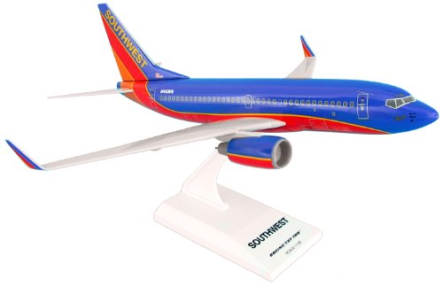 skymarks-southwest-airlines-boeing-737-700-scale-model