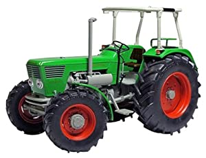 Amazon.com: Weise-Toys 1/32 Deutz D 130 06 (1972-1974) (japan import