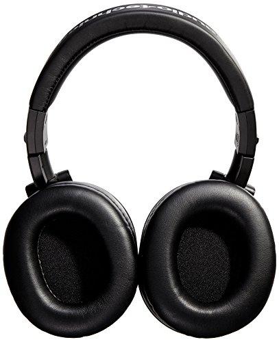 Audio-Technica-ATH-M40x-Professional-Studio-Monitor-Headphones