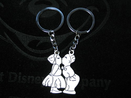 KBF0014 Kissing Love couple keychain - Gift for couples