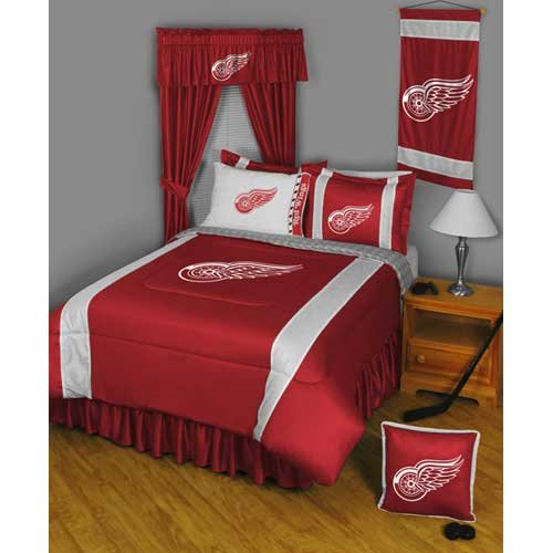 Red Wings Bedding front-1016060