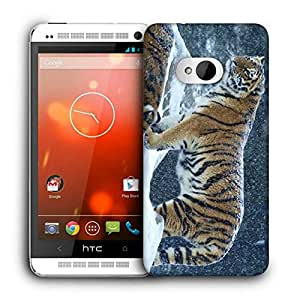 Snoogg Snow Tiger Printed Protective Phone Back Case Cover For HTC One M7