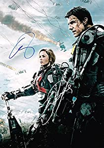 Edge of Tomorrow (2014) Emily Blunt and Tom Cruise Autographed 8x12 photo. Signed in person.