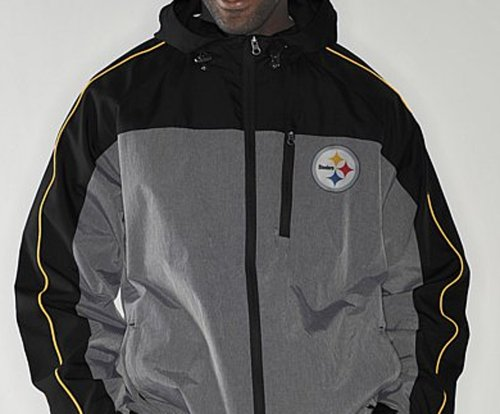 NFL Pittsburgh STEELERS Half Time Full-Zip Windbreaker Jacket ~ Large at Amazon.com