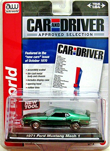 Auto world car and driver 1971 ford mustang mach 1 Green and black 1:64 scale - 1