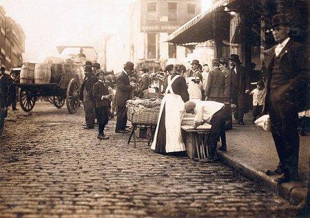 boston-market-1909-vintage-us-street-scene-mouse-mat