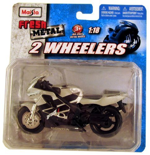 Maisto Fresh Metal 2 Wheelers ~ Honda CBR 600F Silver 1:18 by Maisto