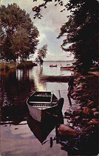 The-Channel-Between-Lakes-Mitchell-And-Cadillac-Cadillac-Michigan-Original-Vintage-Postcard