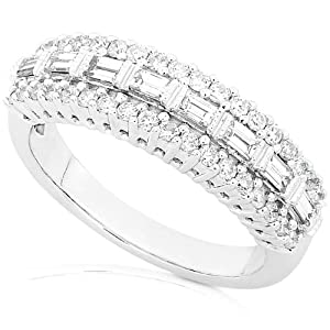 5/8ctw Baguette & Round Diamond Ring in 14Kt White Gold (HI/I1-I2)