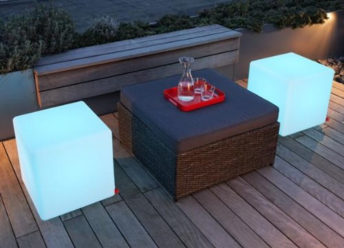 "Outdoor Led Light Cube 16"" - Cordless With Remote Control"