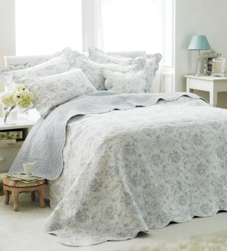 Etoille Quilted Bedspread, White/Blue, King