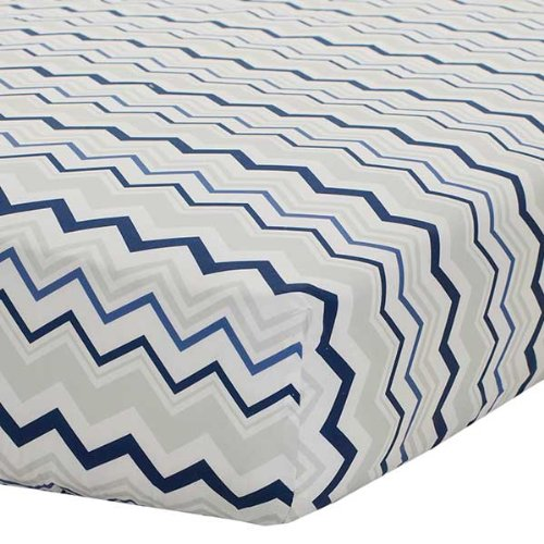 Safe Sleep Navy & Grey Chevron Fitted Sheet front-764809