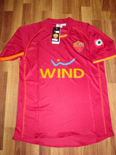 08-09 AS ROMA HOME JERSEY + FREE SHORT (SIZE M)