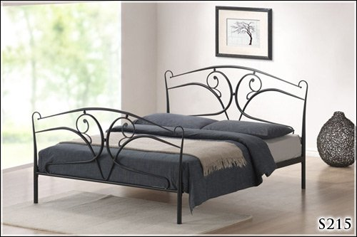 BRAND NEW 4ft 6 METAL BLACK DOUBLE BED FRAME