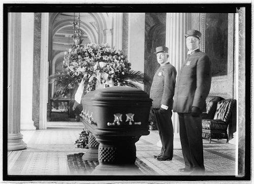 Photo: Funeral Sen. Bacon of Ga.