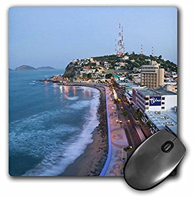 Danita Delimont - Mexico - Mexico, Sinaloa, Mazatlan. Playa Olas Altas - SA13 WBI0171 - Walter Bibikow - MousePad (mp_86830_1)