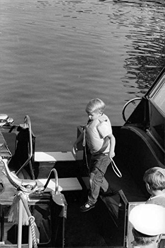 vintage-photo-of-princess-annes-children-on-yacht-wearing-a-life-jacket
