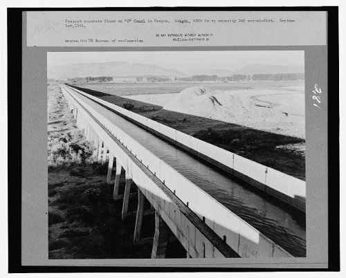 Photo Precast concrete flume on C Canal in Oregon. Length, 4300 feet; capacity 345 second-feet. September, 1941 1941
