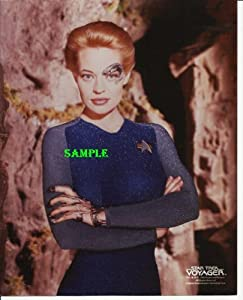 Star Trek Voyager Jeri Ryan as 7 of 9 with Logo in Blue Suit 8x10 Photo STV7756