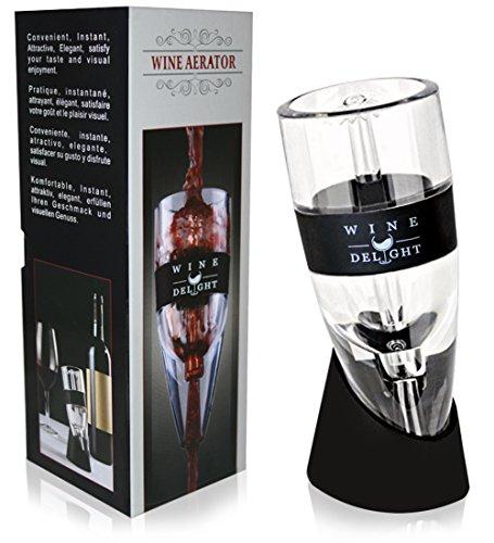 Awardpedia soiree bottle top wine decanter aerator for Best wine for housewarming gift