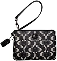 Coach Signature Peyton Dream C Wristl…