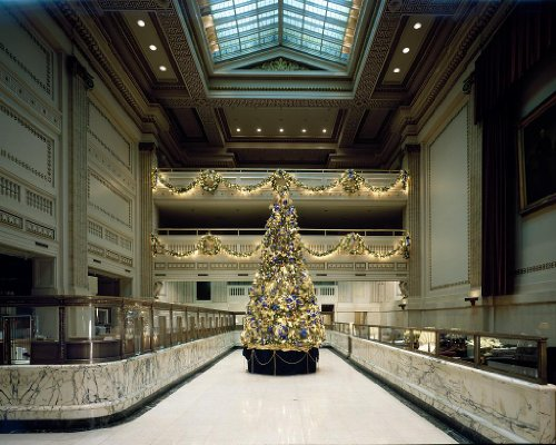 photography-poster-christmas-tree-in-the-historic-pnc-bank-building-formerl