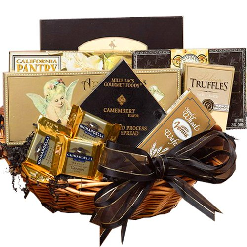 Art of Appreciation Gift Baskets Classic Gourmet Food and Snacks Set, Small Summer