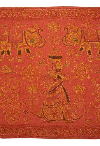 Imagen 1 de Elephant Wall Hanging-Tapiz Con Zari de oro y tamaño del bordado de trabajo 54 x 33 pulgadas