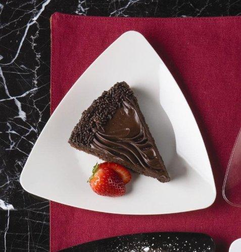 Emi Yoshi Koyal Triangles Dessert Plates, White, Set Of 120