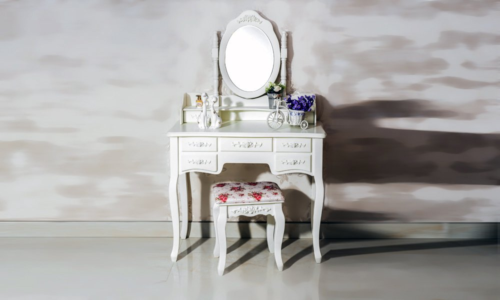 Beautiful White Label Cleopatra Vintage Vanity Table (7 Drawer) 2