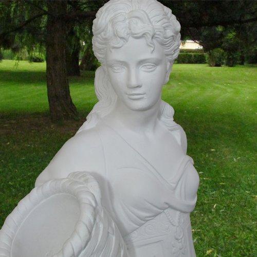 Blumenmädchen, Statue mit Pflanzgefäß jetzt kaufen