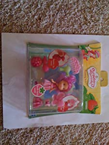 .com: Strawberry Shortcake Raspberry Torte Playset Set: Toys & Games