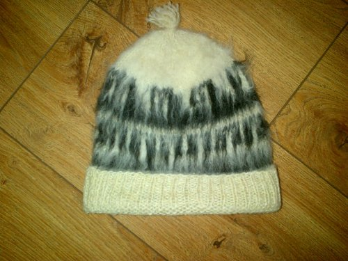 NOW HALF PRICE Small Woollen Hat Genuine Alpaca Hand Knitted from Bolivia Fair Trade