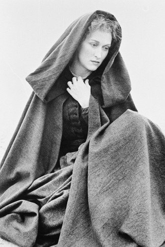Meryl Streep in The French Lieutenant's Woman 24x36 Poster