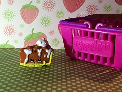 Shopkins Season 2 #2-039 Brown Pecanna Pie (Rare)