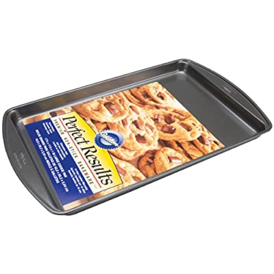 Wilton Perfect Results Nonstick Cookie Sheet