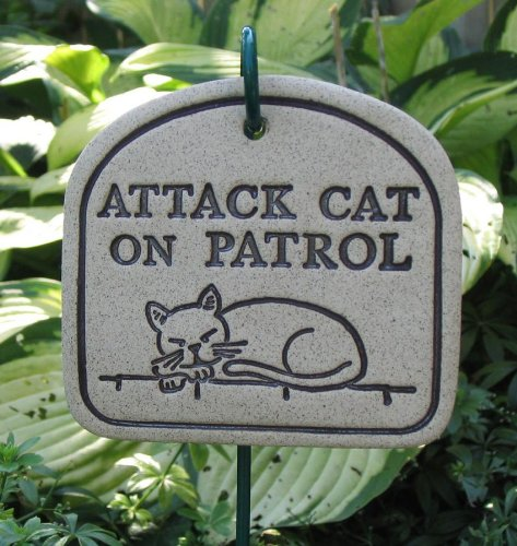 Amaranth Stoneware Attack Cat On Patrol Plaque