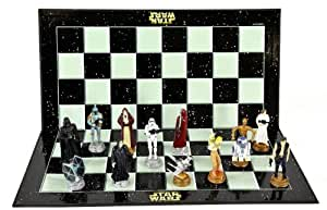 "Star Wars Classic 3D Chess Set / Game (Size 17"" x 17"")"