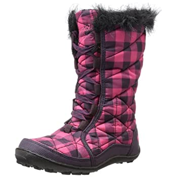 Cute and cozy, this waterproof and insulated winter boot is packed with technology to keep your girl's feet and toes warm, dry and comfortable in cold conditions. Omni-Heat thermal reflective lining throughout increases the heat-keeping powers of 100...