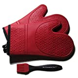 The Triumphant Chef Super Flex Silicone Oven Mitt, Dark Red, 1 Pair