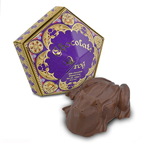 harry-potter-chocolate-frog-including-a-special-wizarding-collectors-card-official-warner-bros-studi