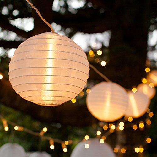 Catena di 10 lanterne in tessuto impermeabile bianco con 20 LED per uso interno ed esterno di Lights4fun