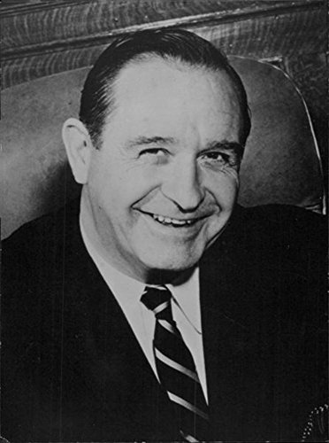 vintage-photo-of-orval-e-faubus-smiling