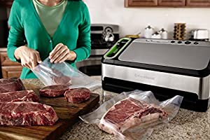 FoodSaver 4840 2-in-1 Vacuum Sealing System with Bonus Built-in Retractable Handheld Sealer, Starter Kit, Heat-Seal and Zipper Bags from Jarden Consumer Solutions
