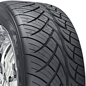Nitto NT420S All-Season Tire - 285/35R22 106W