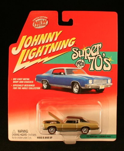 1971 Pontiac Grand Prix * Super 70'S * 2002 Johnny Lightning 1/64 Scale Die-Cast Vehicle