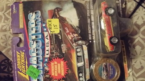 Johnny Lightning Dragsters Die Cast Car Usa Ronnie Sox 71' Sox and Martin - 1