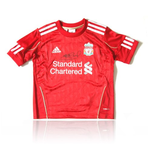 Steven Gerrard signed Liverpool mini kit
