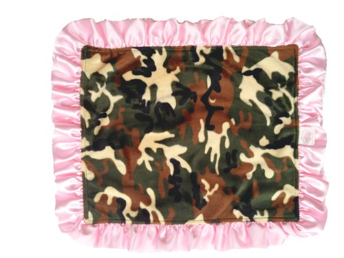 Patricia Ann Designs Satin Travel Silkie With Ruffled Trim, Camouflage With Pink front-288952